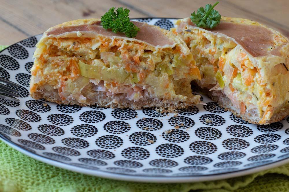 Croque quiche Terre Mer jambon cru, saumon et légumes grands ronds Demarle Flexipan 1