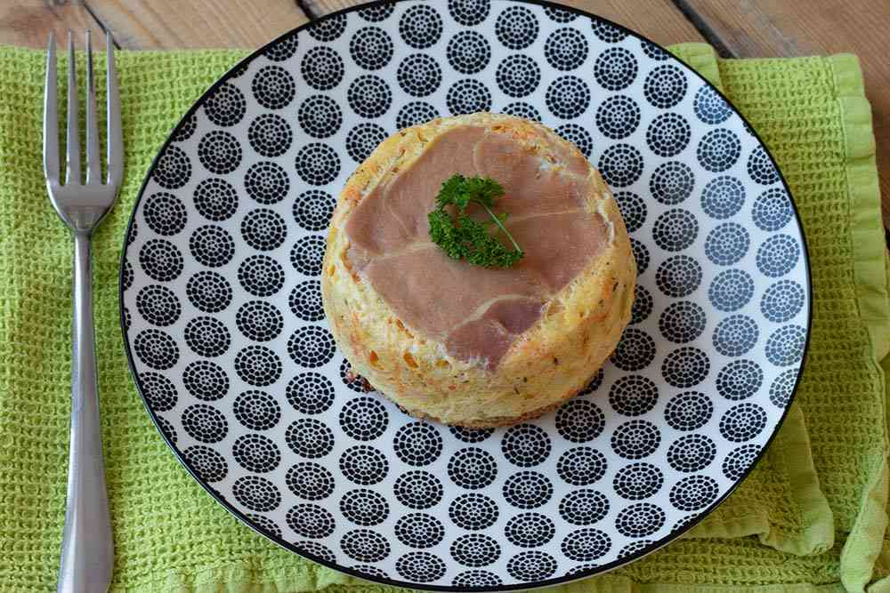 Croque quiche «Terre Mer» jambon cru, saumon et légumes
