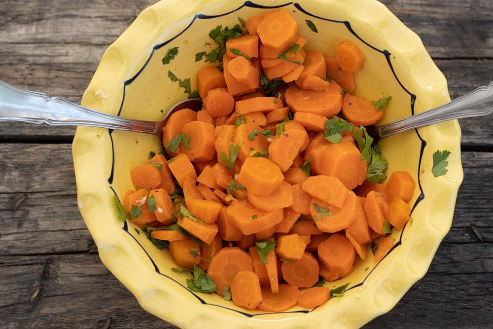Salade de carottes à la marocaine (Khizou Mchermel)