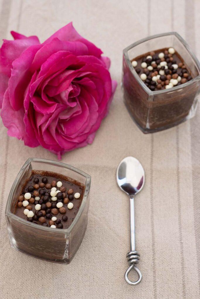 Crèmes au chocolat et graines de chia 1