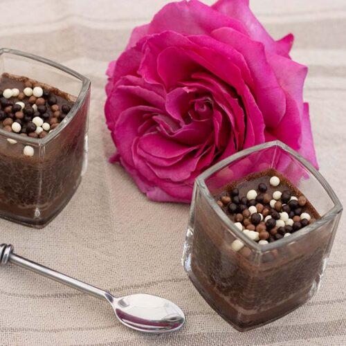 Crèmes au chocolat et graines de chia