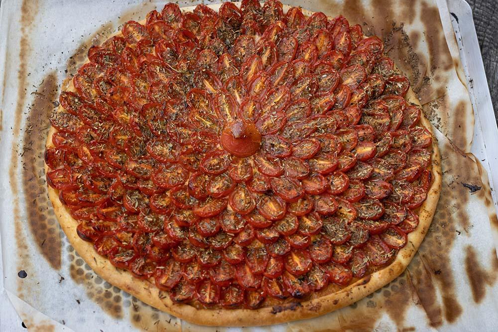 Tarte fine aux tomates cerises et au pesto 1