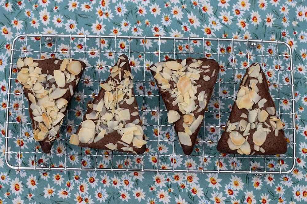 Brownies chocolat et amandes effilées