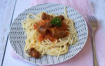 Spaghettis aux merguez et tomates séchées